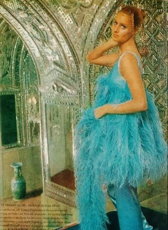 Lauren Hutton για την Vogue, 1970. Ανάκτορο Γκολεστάν.