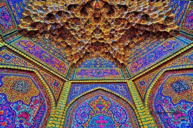 Τέμενος Νασρ αλ Μολκ, Σιράζ, Ιράν