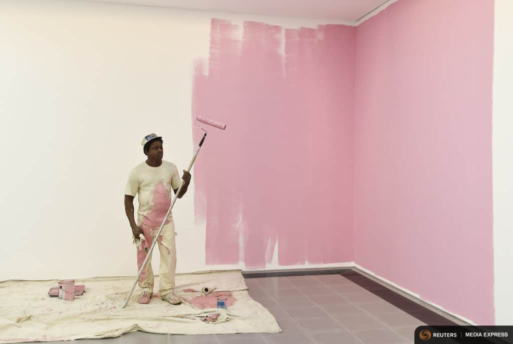 A sculpture entitled 'House Painter' by the late U.S. artist Duane Hanson is exhibited at the Serpentine Sackler Gallery in London, June 1, 2015. Hanson's lifelike sculptures portraying working-class Americans and overlooked members of society are being brought together in the largest show of his work in Britain since 1997. REUTERS/Toby Melville